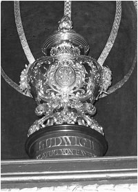 Golden Cup holding the heart of King Ludwig II of Bavaria